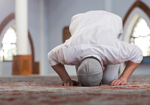 New Muslims – 3 Easy Tips to Fall in Love with Prayer